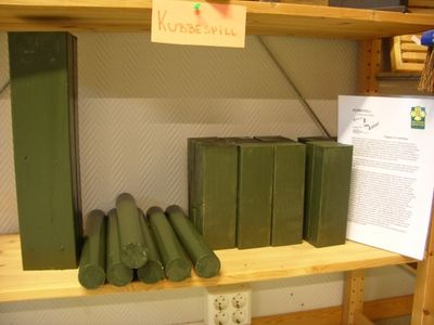Utstilling av grønt kubbespill