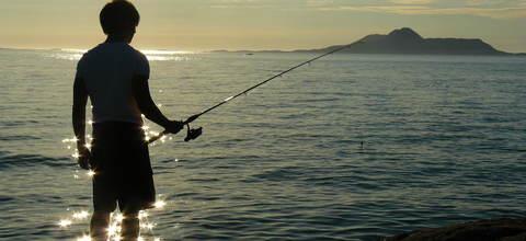 Fiske i kveldssol