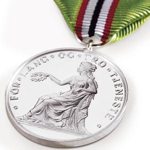 Medaljen for lang og tro tjeneste 300x300.jpg