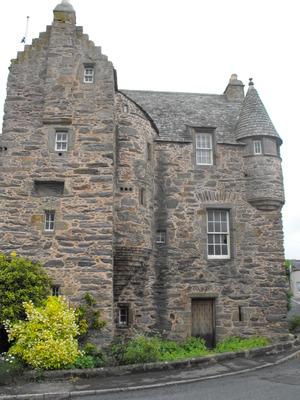41 Fordyce Castle_300x400.jpg
