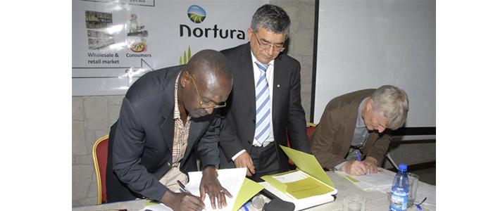 Signering av avtalen mellomm UMPCU, Nortura og Norges Vel