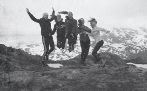 Elevar på fjelltur