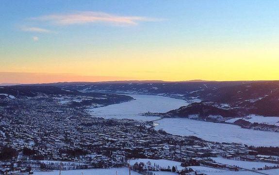 Lillehammer_vinter_ett område for deg_2016_2017[1]