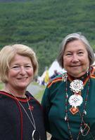 nne Husebekk og Anne Dalheim stående Foto Inger Elin Kristina Utsi UiT