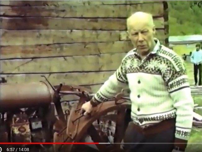 Eyolf Rognli med traktor