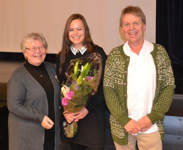 Astrid Øvsthus, Ingelin Burkeland og Ivar Sandgren på planleggingsdag i Osterøyskulen.