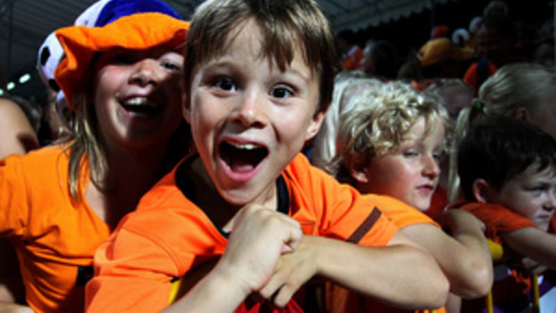 Netherlands supporters cheer as Victoria Cabut of Netherlands score the golden goal during the girls