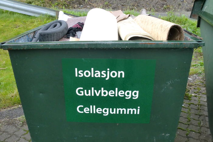 Isolasjon, cellegummi, gulvbelegg