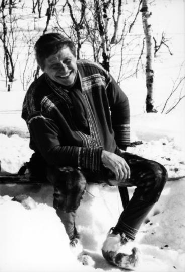 Nils-Aslak Valkeapää – Áillohaš 23.3.1943 – 26.11.2001
