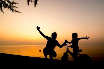 familie og solnedgang