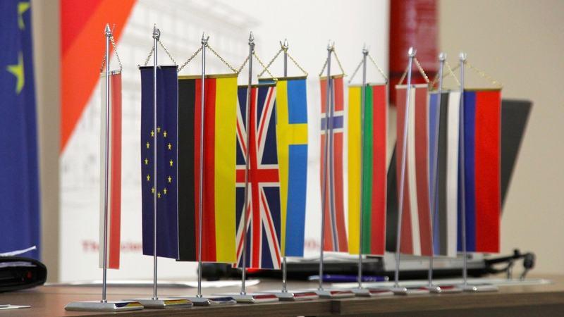 ICN Flags schmal
