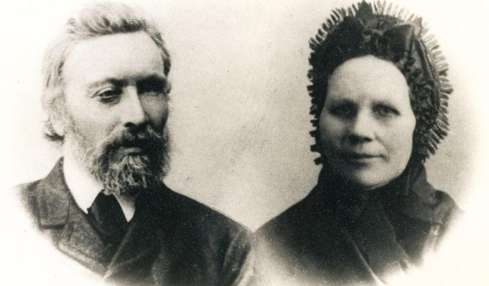 Kornelius Lunde saman med kona Johanna. Fotograf ukjend. Biletet er låt ut av Kornelius Lunde sin etterkommar, Aud Lunde