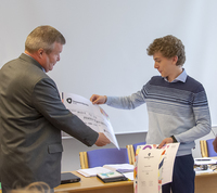 Harald Georg mottar stipend