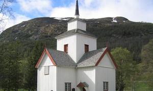 Rauland kyrkje kvit