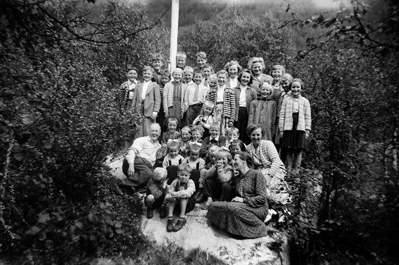 Søndagsskuleborn på Notsete 18. juli 1954.