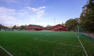 Ven skole sett fra fotballbanen