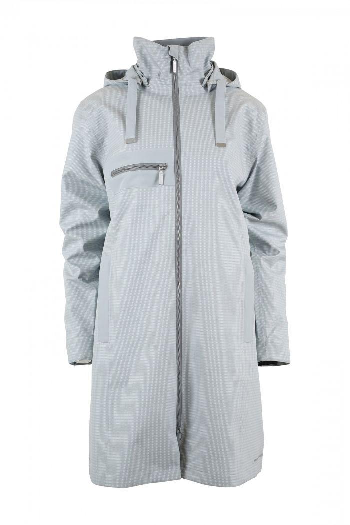 blaest-gray-forfra