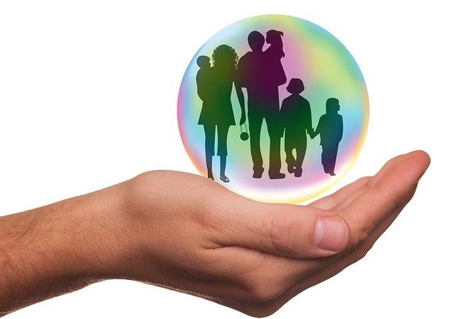 Familie (insurance-1991216 Pixabay