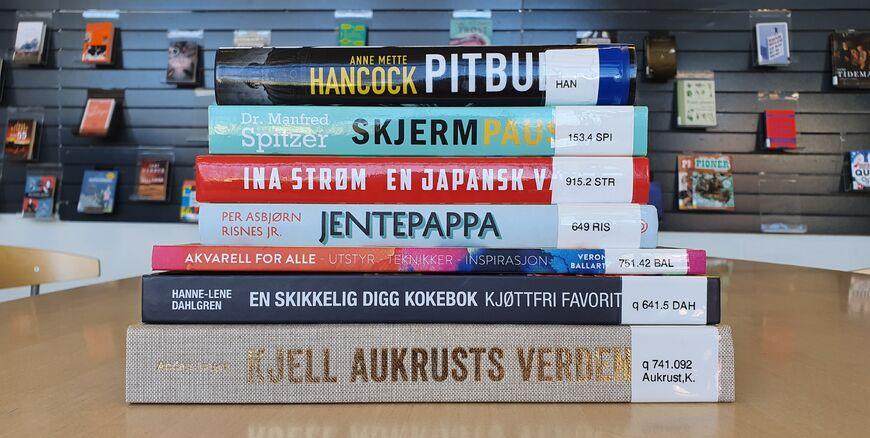 bøker_hentebib_2
