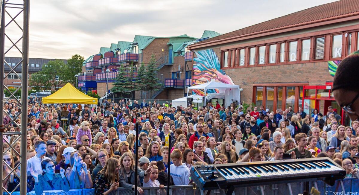 Fra gatefest i Vestby juni  2019 Foto: Trond Larsen  .jpeg