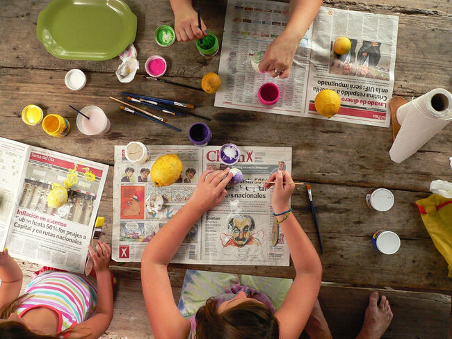 Canva+-+Kids+Painting+on+a+Table