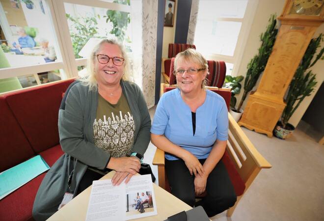 Liss Edvardsen (t.v.) og Nina Beate Schieldrop sier de er så vidt i gang, men gleder seg til fortsettelsen.