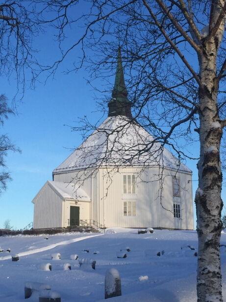 Hemne Kirke vinter