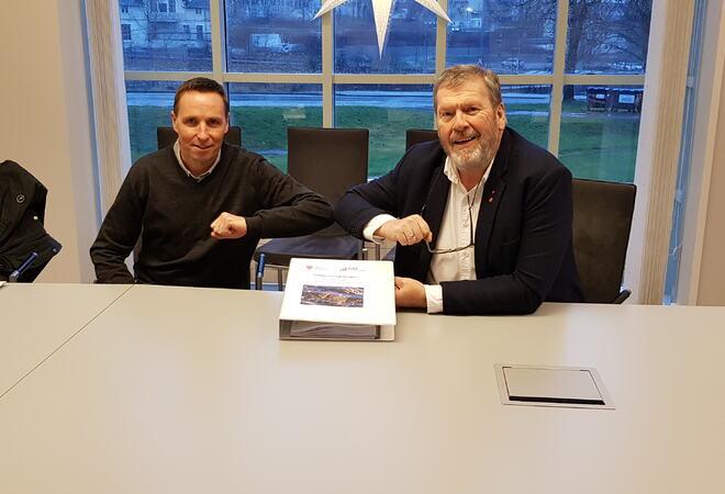 Vestby kommune har signert kontrakt med Solid Entreprenør AS, for bygging av nye omsorgsboliger på Solhøy i Son. Foto: Vestby kommune