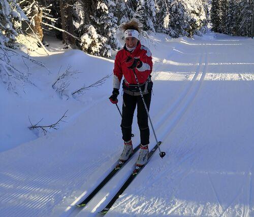 Person i skiløype