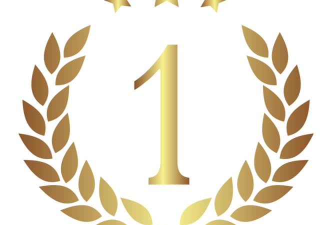 Laubærkrans med ett-tall i forgrunn