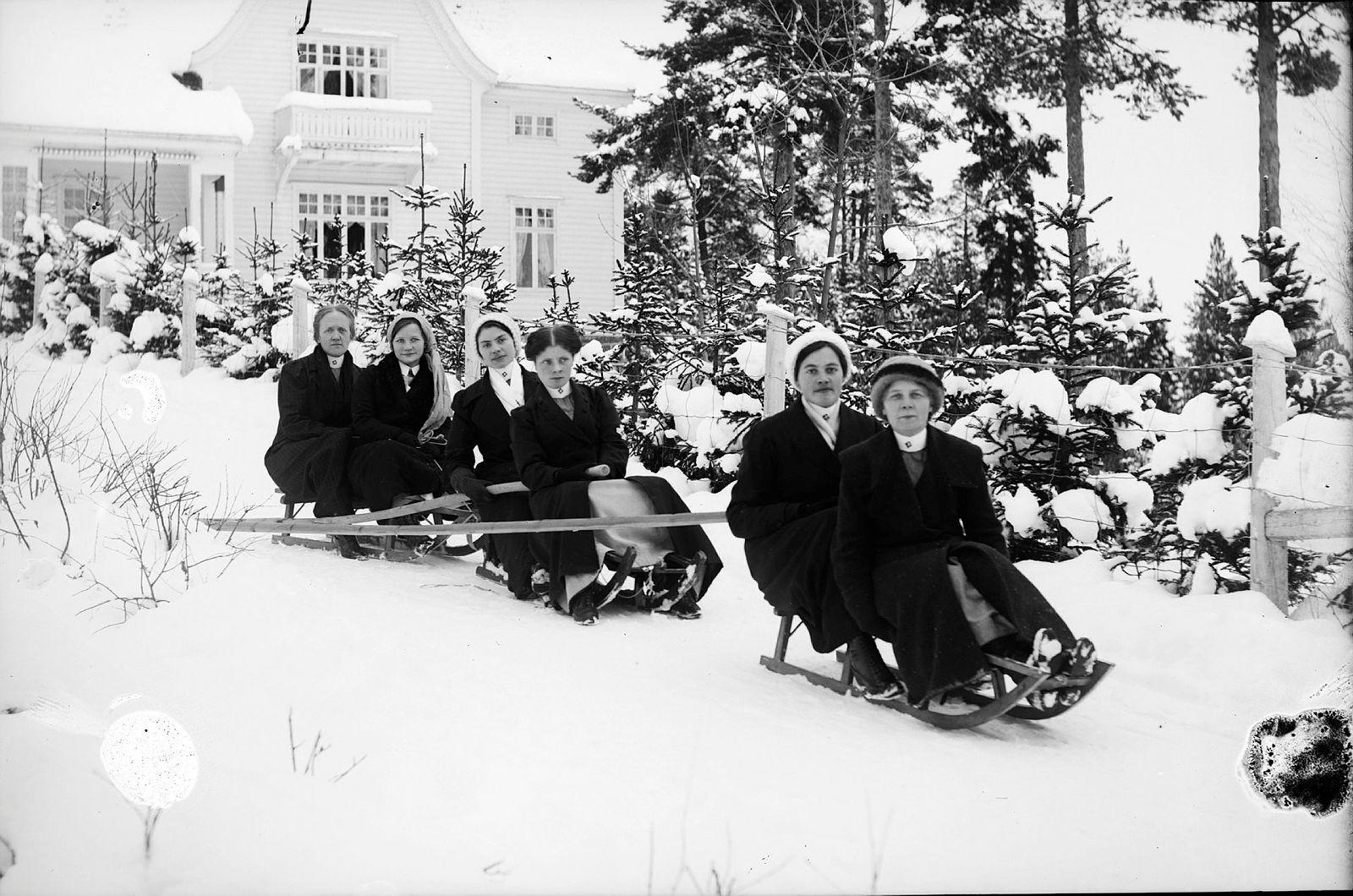 Vinterleik på Lyster Sanatorium ca 1910-1915[1]