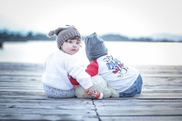 Barn på brygga Illustrasjonsfoto: Morgue.com