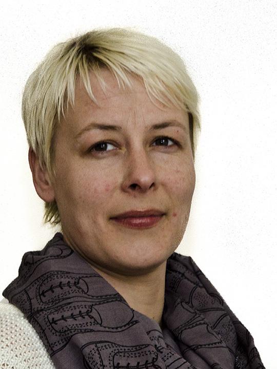Heidi B_web (2).jpg
