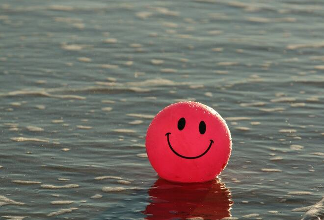Smiley ball i vannet