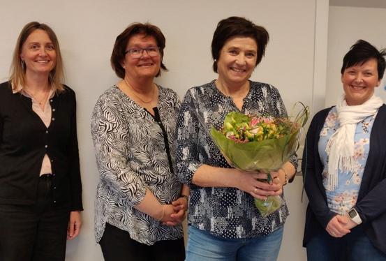 På bildet: Gunn Hege Kjørsvik, Inger Johanne Steinveg, Mona Hundsnes og Wenche S. Vuttudal