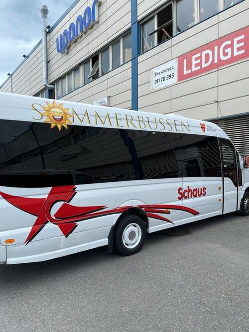 Sommerbussen startet opp fredag 2. juli klokken 10.00. Bussen er gratis. Foto: Schaus