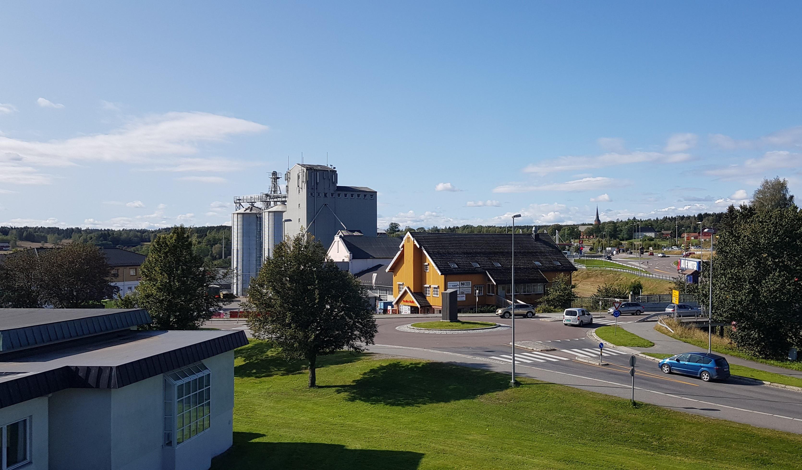 Vestby sentrum med mølla. Foto: Frank Parmann