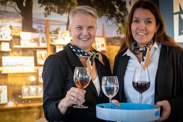 Mette Westgaard og Monica Østenheden